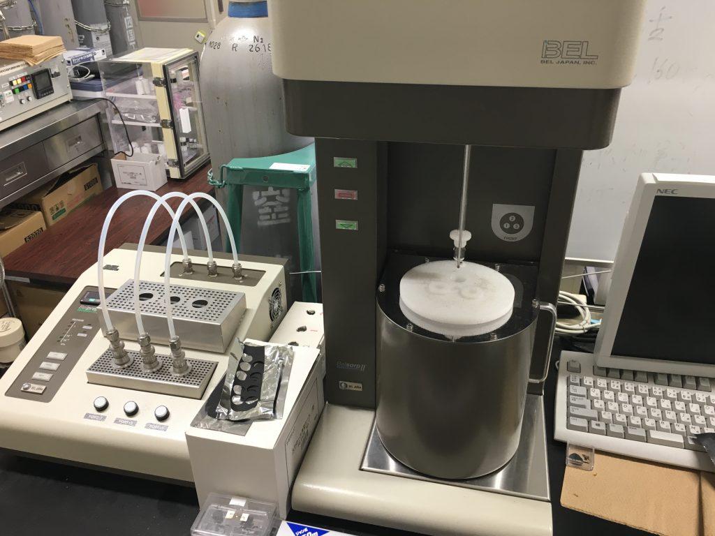 窒素吸着測定装置